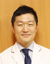 田﨑 潤一医師